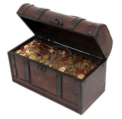 12291081-treasure-chest-with-coins